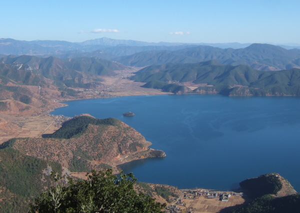 03_Lugu_Lake