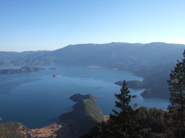 05_Lugu_Lake
